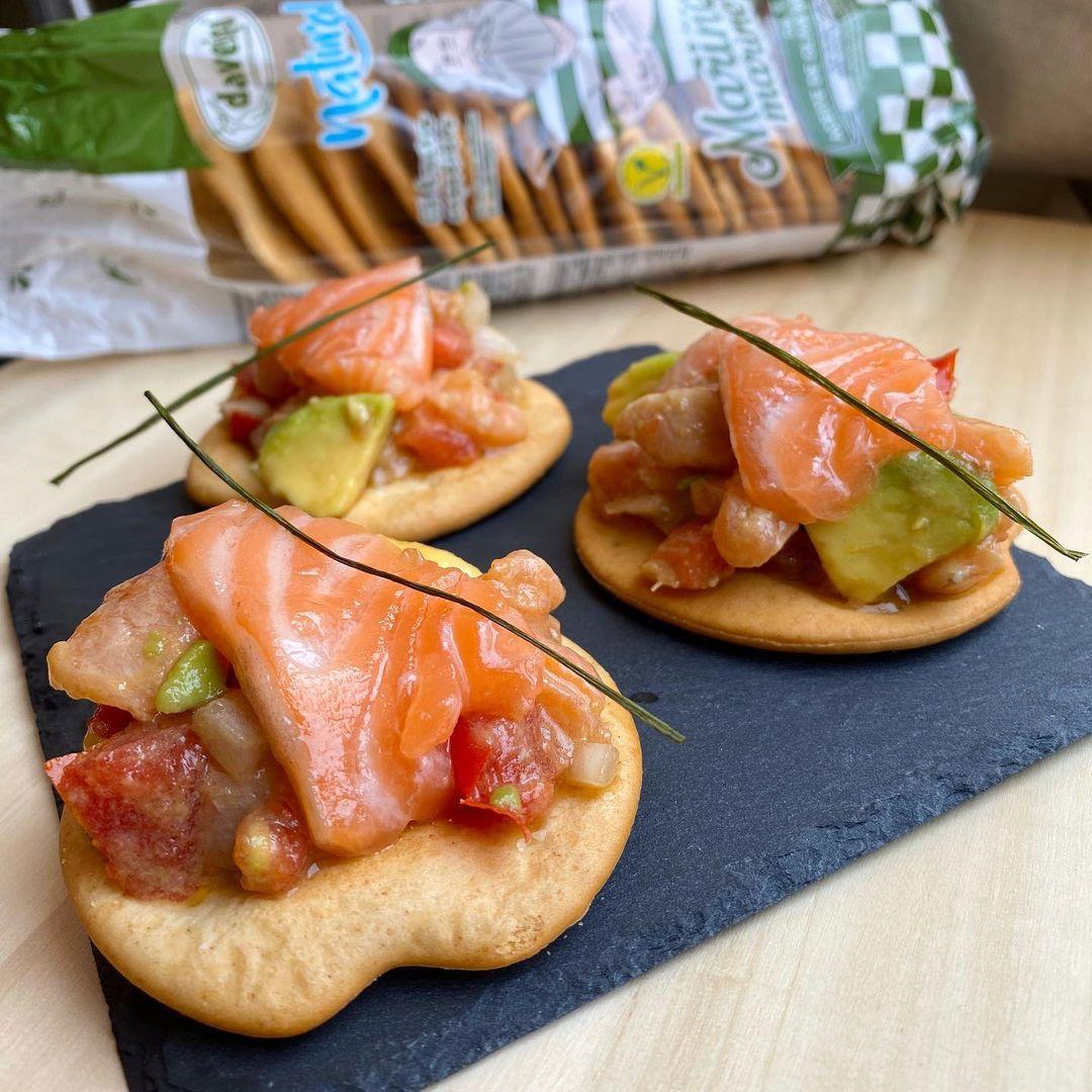 canape_galletas_marineras_salmon_citricos